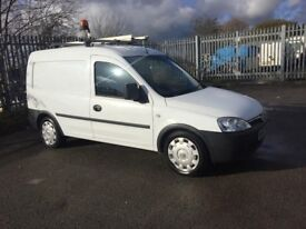 VAUXHALL COMBO 2000 1.3CDTI LOW MILES VERY GOOD CONDITION 5 SPEED