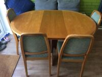 Parker Knoll vintage dinning table extendable 140 x 100