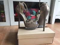 Women's high heels size 3 gold&silver