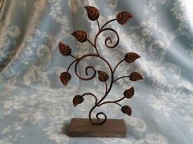 Metal Leaf Design Ornament Jewellery Display on Wood Block