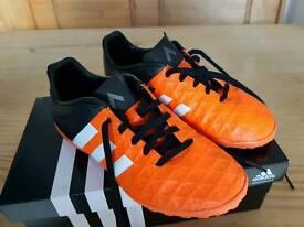 Adidas kids size 1 astro turf/indoor football trainers