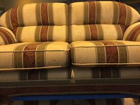 Stunning. Cloth. 2-1-1. Reids. Sofa.