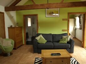 Two bedroomed Holiday Barn from this Friday 1 week - 4 weeks Norwich Norfolk 4* gold lakeviews wifi