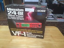 VF-1 BOSS VERY GOOD CONDITIONS MULTIPLE EFFECTS PROCESSOR