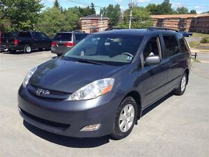 2008 Toyota Sienna LE with DVD