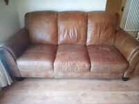 Beautiful Dfs Peyton leather 3 seater sofa