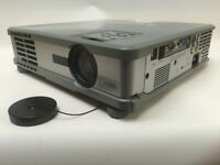 Mitsubishi XL5U LCD Projector ( Requires Lamp and Filter ) (1137)
