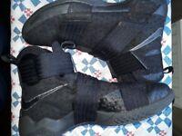 Basketball boots size 10 lebron james