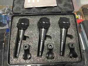 Behringer Ultravoice XM1800S dynamic cardioid vocal microphones 3 pack