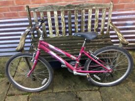 Raleigh Pink/Silver Bicycle/Bike Kobo With Gears For Teenagers/Young Adult/Kids