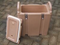 Cambro. insulated food container.