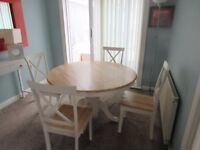 Oak Round Pedestal Dining Table with 4 Chairs