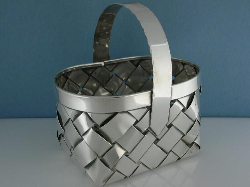 Large Sterling Silver Woven Basket w/ Handle ~ Hand Made ~ 3.95 troy ozs