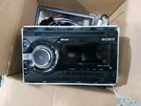 Sony Xplod car cd player USB/AUX/BLUETOOTH