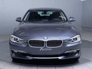2013 BMW 328I LUXURY X-DRIVE MAGS TOIT CUIR West Island Greater Montréal image 2