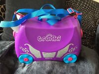 Girls Penelope the trunki