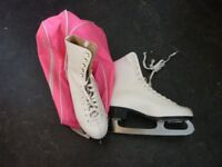 Ladies Ice skating boots size 7 1/2 good as new + with carry case
