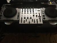 Pioneer CDJ 800 (pair) + Behringer DJX700