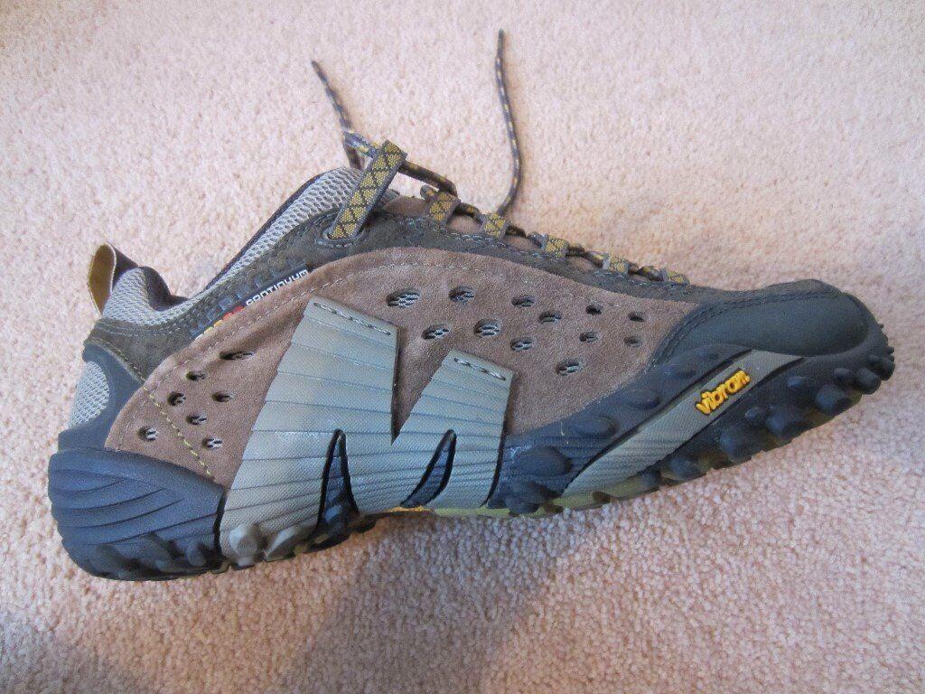 Merrell trainers never worn (6.5uk)