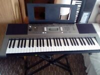 yamaha psr 353 very good condition plus stand if required and atapter