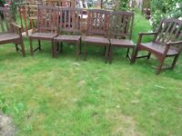 6 HARDWOOD GARDEN CHAIRS OF WHICH 2 ARE CARVERS IN VERY GOOD CONDITION