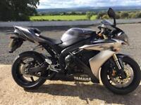 Yamaha R1 - YZF 1000R - 2004 - 15K miles