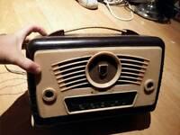 Baker lite valve radio