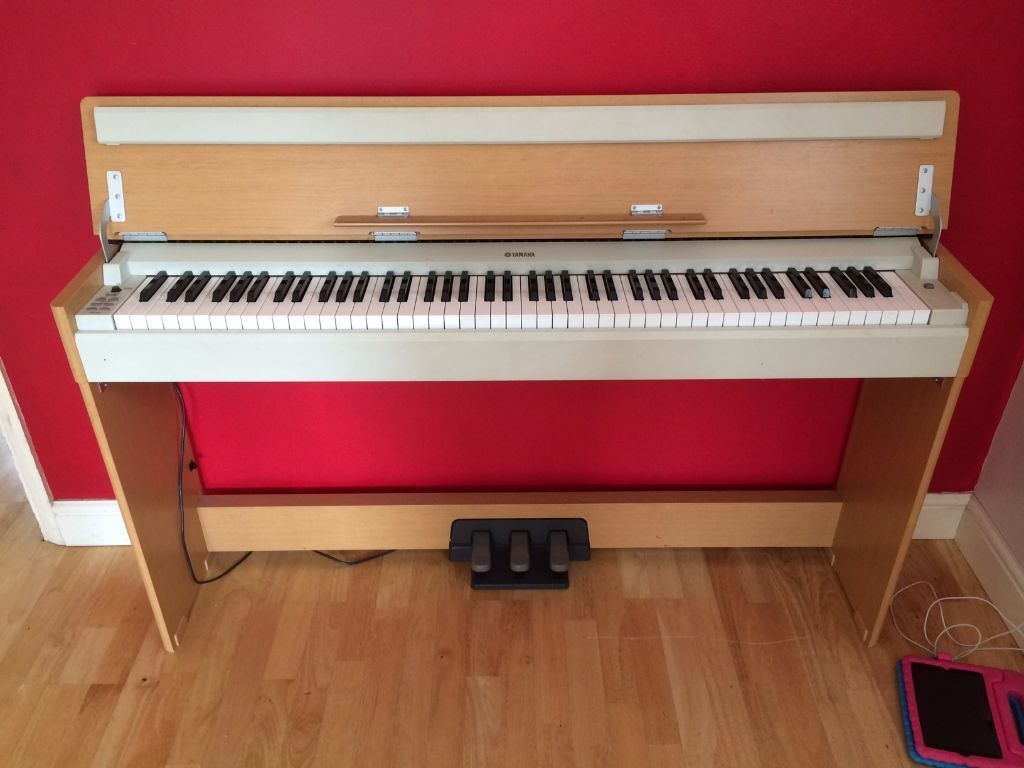 yamaha arius ydp s30 digital piano full size 88 keys 3 pedals slimline design free delivery. Black Bedroom Furniture Sets. Home Design Ideas