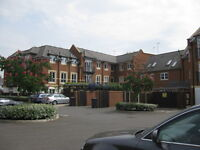 2 bedroom flat in Denham Road, Egham, Surrey, TW20