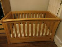 Fantastic quality, solid Mamas & Papas OCEAN crib in golden oak