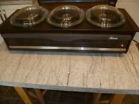 Hostess Heated table top food warmer/buffet server-3 pyrex dishes- as new