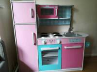 Wooden play kitchen GLTC