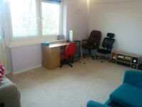 Double Room to Let, Furnished, Blackley, 350pm