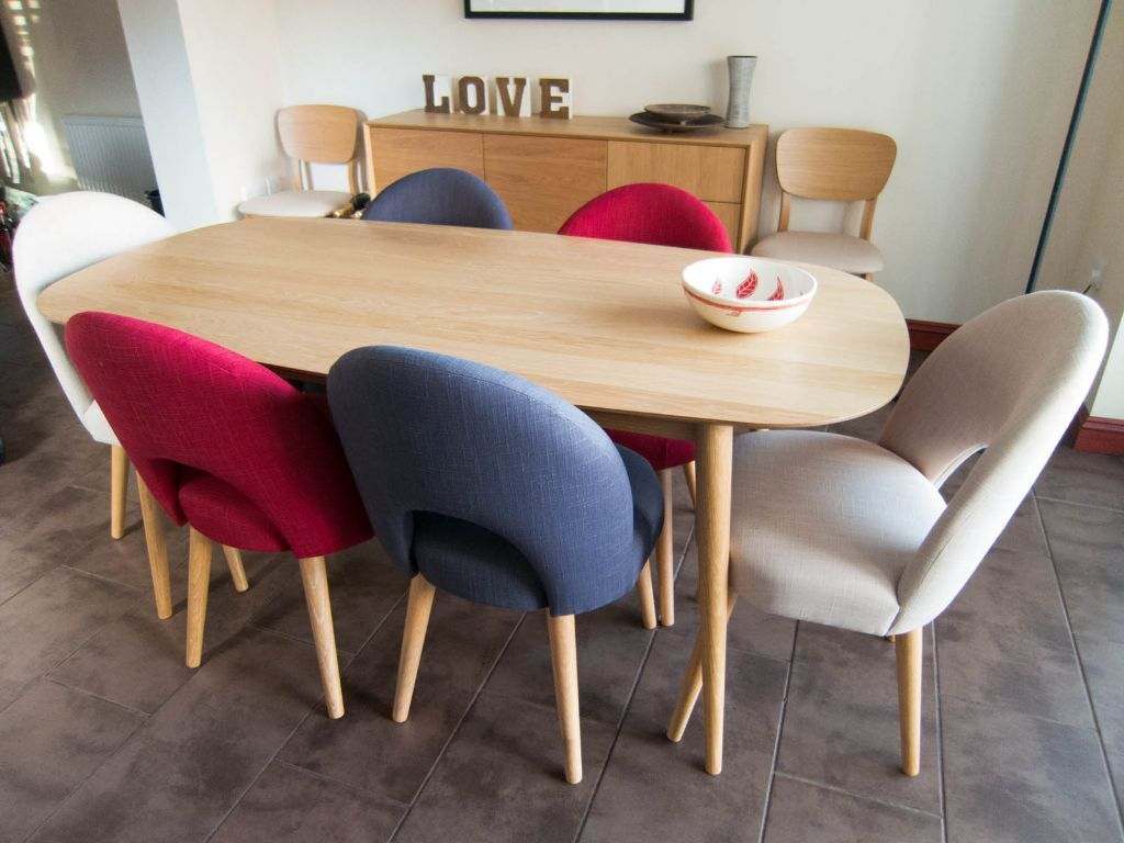 Oak extending 6 8 seater dining table 8 chairs sideboard