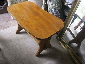 MODERN SHAPED SOLID PINE COFFEE / OCCASSIONAL TABLE. IDEAL AS IS OR PAINTED.(4 AVAILABLE). VIEW