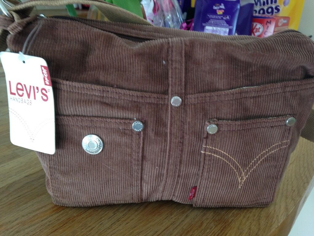 Levis handbag, brand new with tag, brown with shoulder strapin Bournemouth, DorsetGumtree - Levis handbag, brand new with tags, brown with shoulder strap, £5 bargain !!!