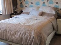 Duvet set with Bedspread and curtains Taupe and Cream
