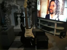 Lindo Stratocaster style electric guitar and amp £70 cash