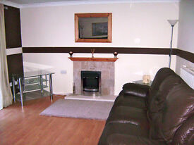 Spacious 2 Bedroom Flat For Rent