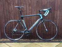 Cannondale Synapse carbon black and blue. Size frame 58cm or XL
