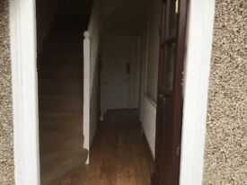 Newly Refurbished 4 bedroom house with laminated flooring