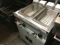 NEW LINCAT 3 PHASE FRYER CATERING COMMERCIAL KITCHEN EQUIPMENT TAKE AWAY RESTAURANT FAST FOOD CAFE
