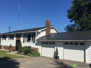 $272,000 - Raised Bungalow for sale in Brockville