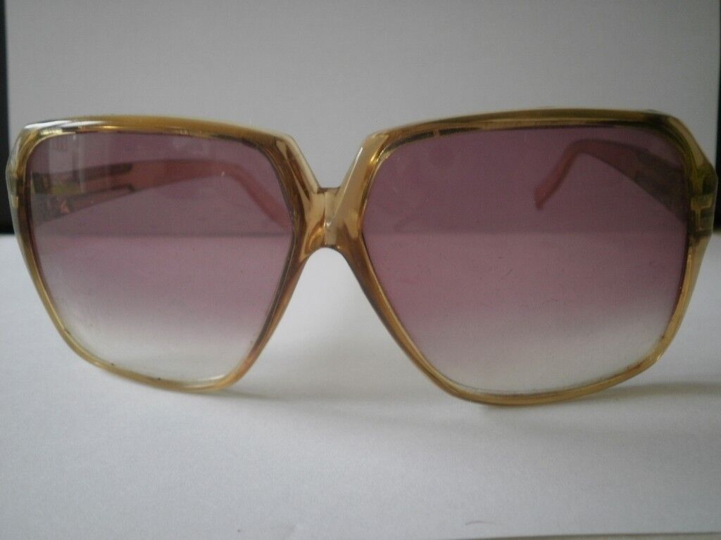 ce71cdd1796 Priceless Vintage 1965 Foster Grant Ladies Sunglasses Retro. Leicester ...