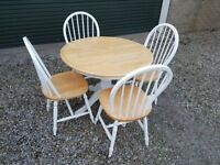 Round pine table and chairs, white and natural colour