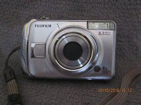 Fuji FinePix A820 digital camera