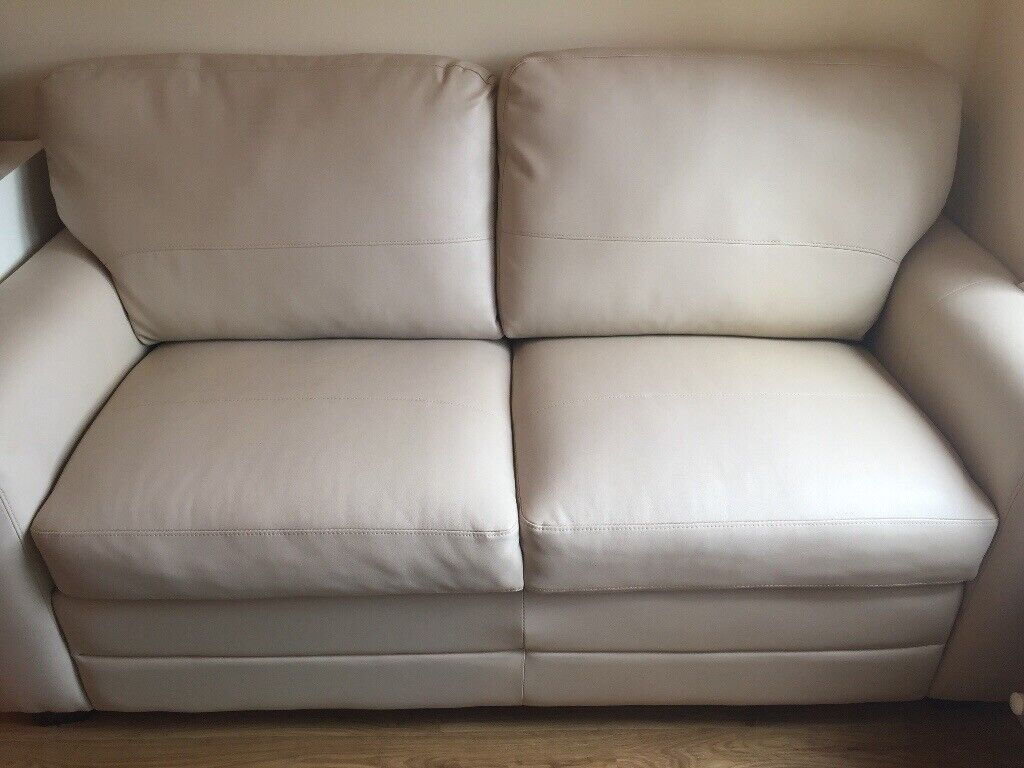 Awesome Debenhams Lola Leather Sofa In Paisley Renfrewshire Gumtree Machost Co Dining Chair Design Ideas Machostcouk