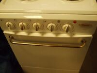 SMALL SIZE COOKER HOTPOINT