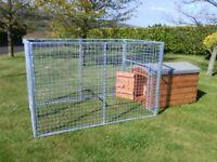 Dog run/puppy pen/mesh panels