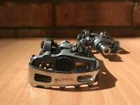 Shimano touring pedals